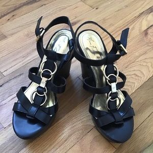Woman's Wedge Shoes